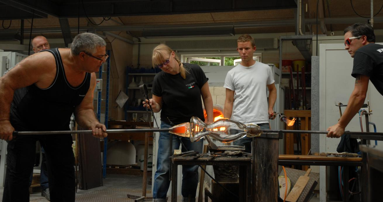 Berengo Studios working at the Royal Danish Academy - Crafts in Glass and Ceramics